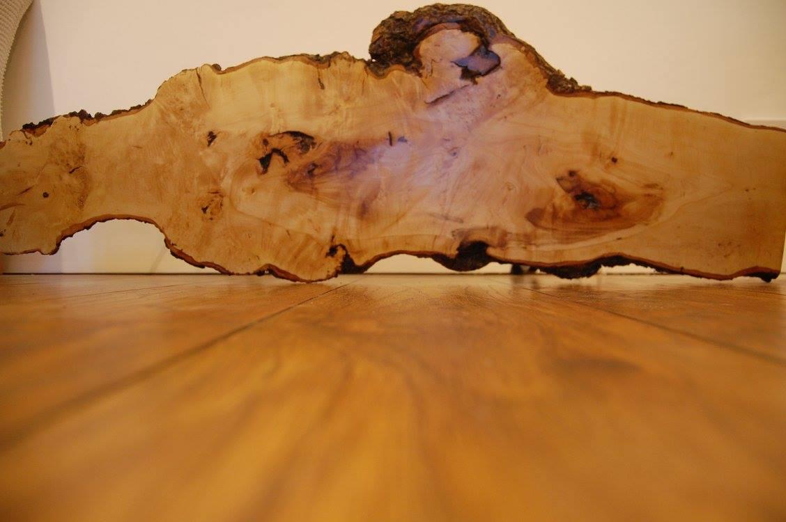 Hawthorn Table Top
